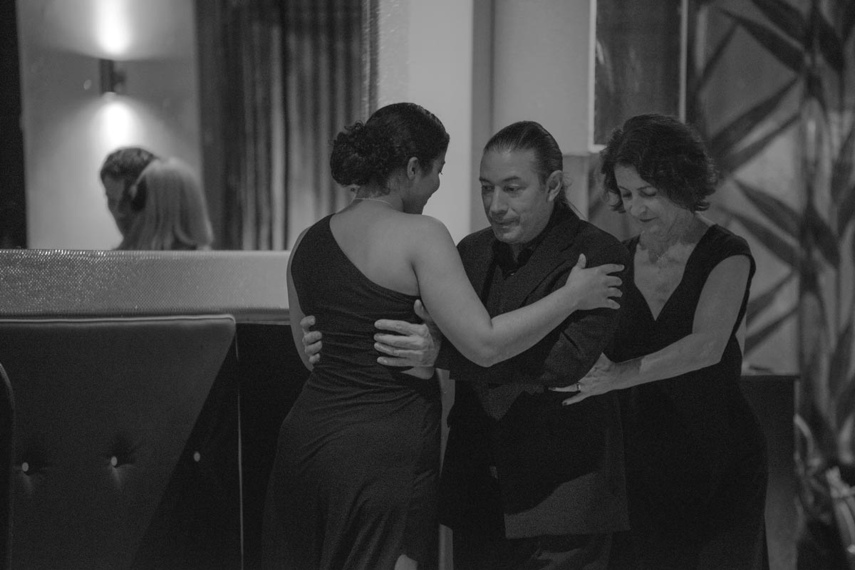 Tango Classes at Leigh Tango in Leigh-on-Sea with Samira Ashraf and Luis Rodriguez